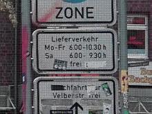 Hinweisschild Fußgängerzone Limmerstraße, Einfahrt Leinaustraße